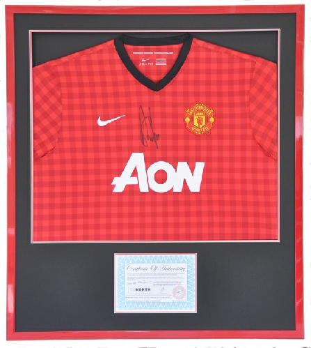 Framed Manchester United Football Shirt (Signed by Robin van Persie) in Red Frame