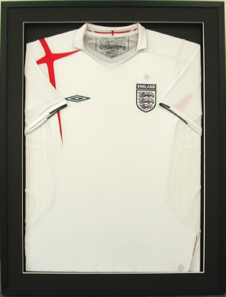 Framed England Football Shirt (white)
