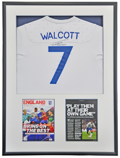 signed_and-framed_theo_walcott_england_shirt