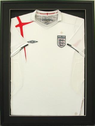 Framed England Football Shirt (white)