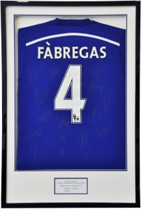 Fabregas_signed_shirt_01. 72dpi