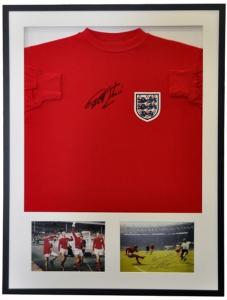 Geoff Hurst Signed Shirt 01 72dpi