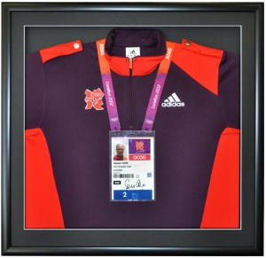 London 2012 Shirt & Badge 72dpi