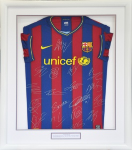 framed_barcelona_football_shirt_03_72dpi