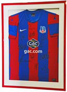 red-framed_football_shirt_crystal_palace_01_72dpi-1