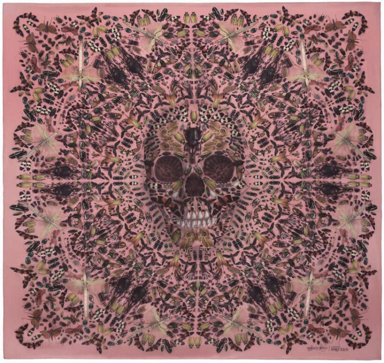damien-hirst-+-alexander-mcqueen-unveil-skull-scarf-series-designboom-13