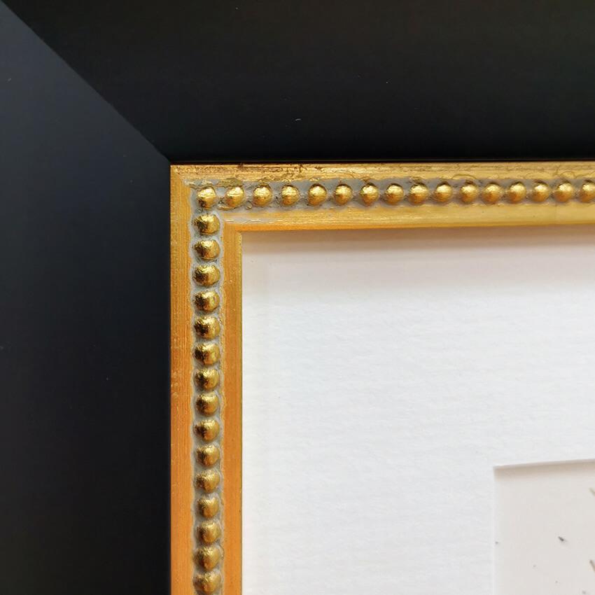 Black frame + gold slip 02 edited 72ppi TINY